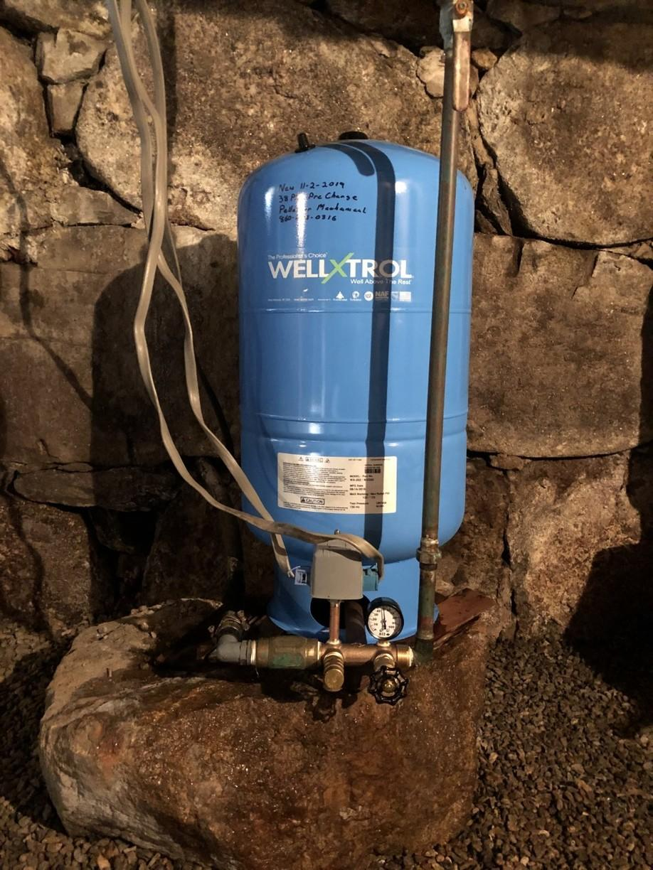 Emergency water tank replacement in Plymouth, CT