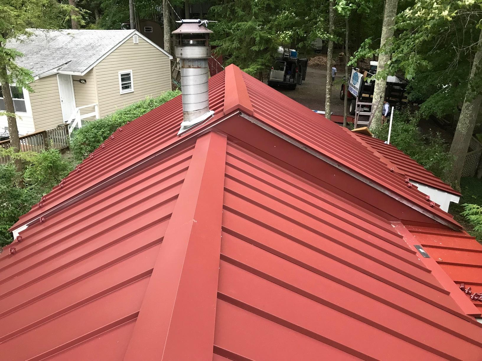 Colonial Red Standing Seam Metal Roof Installed on Lakeside Cabin in Newton, NJ