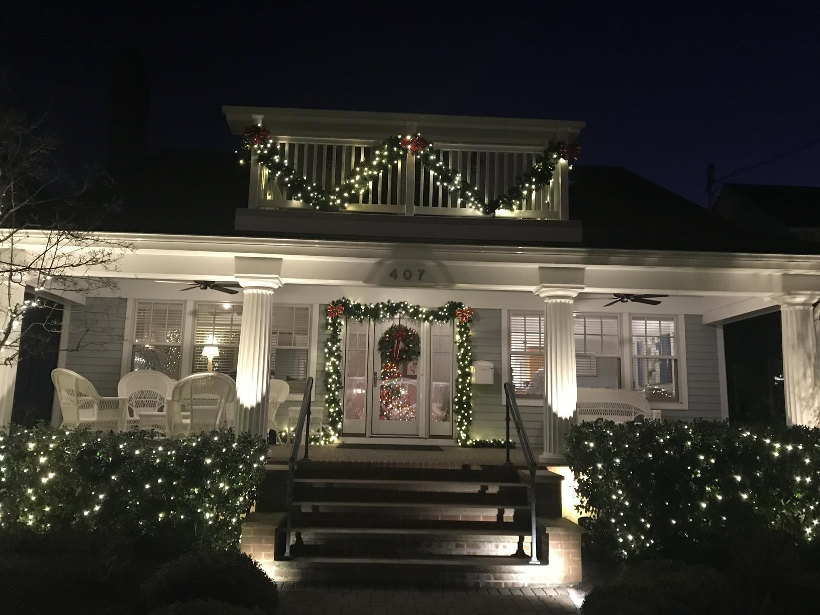 Belmar, NJ Professional Christmas Lights