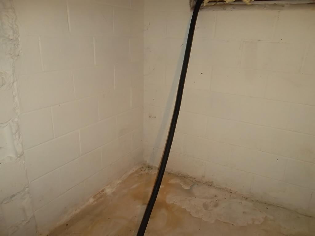 Wet Basement in East Windsor, CT
