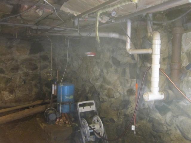 West Hartland, CT Wet Crawl Space