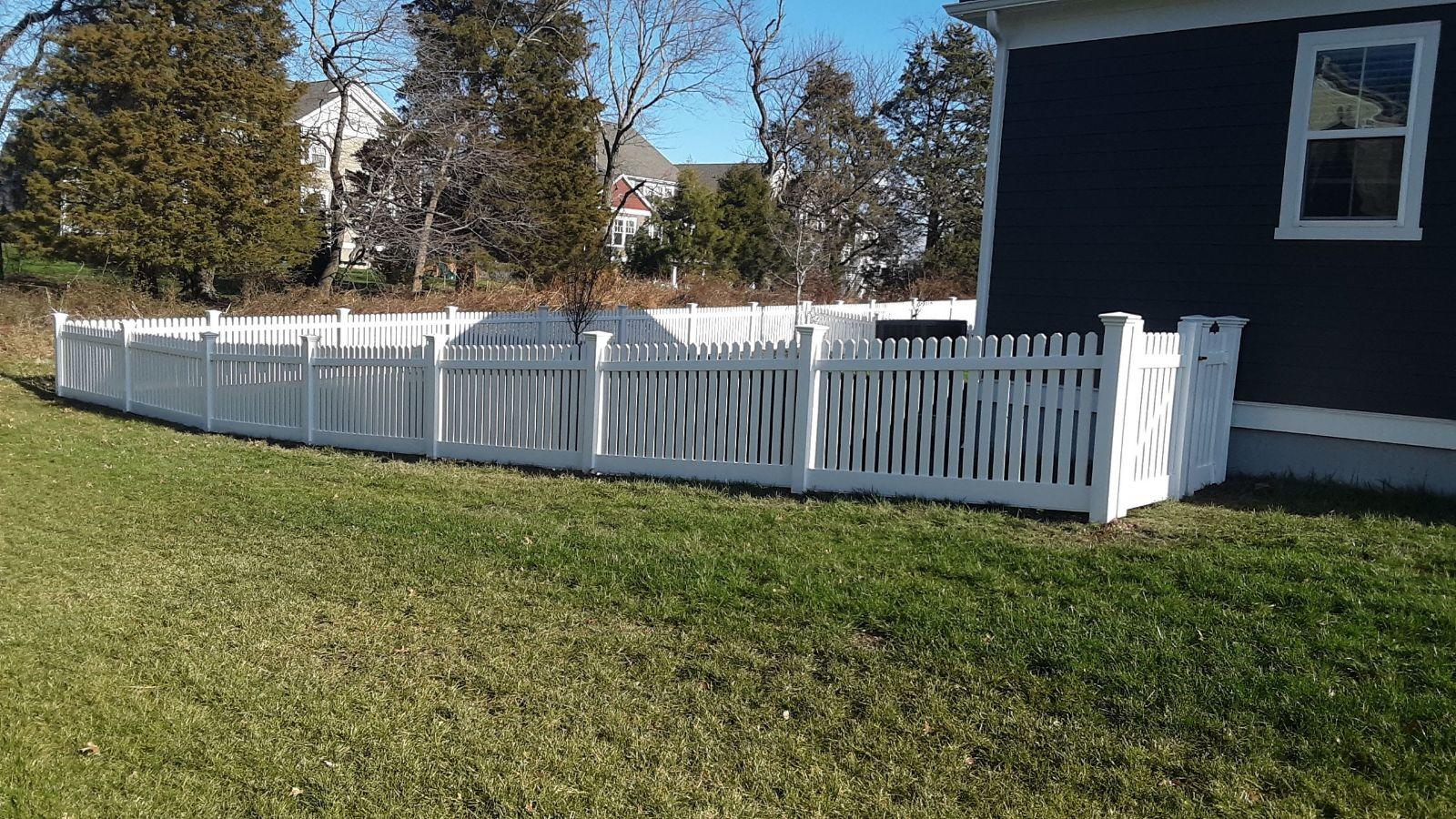 Beautiful Picket Fencing in Winchester