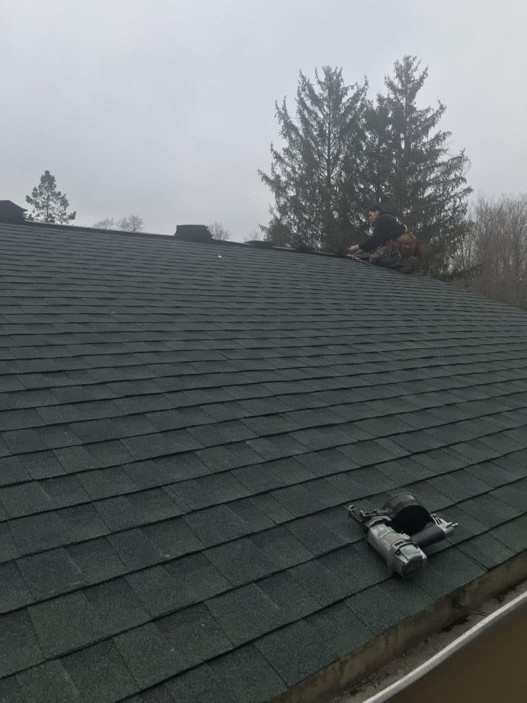 Finished Roof in Pickerington, OH