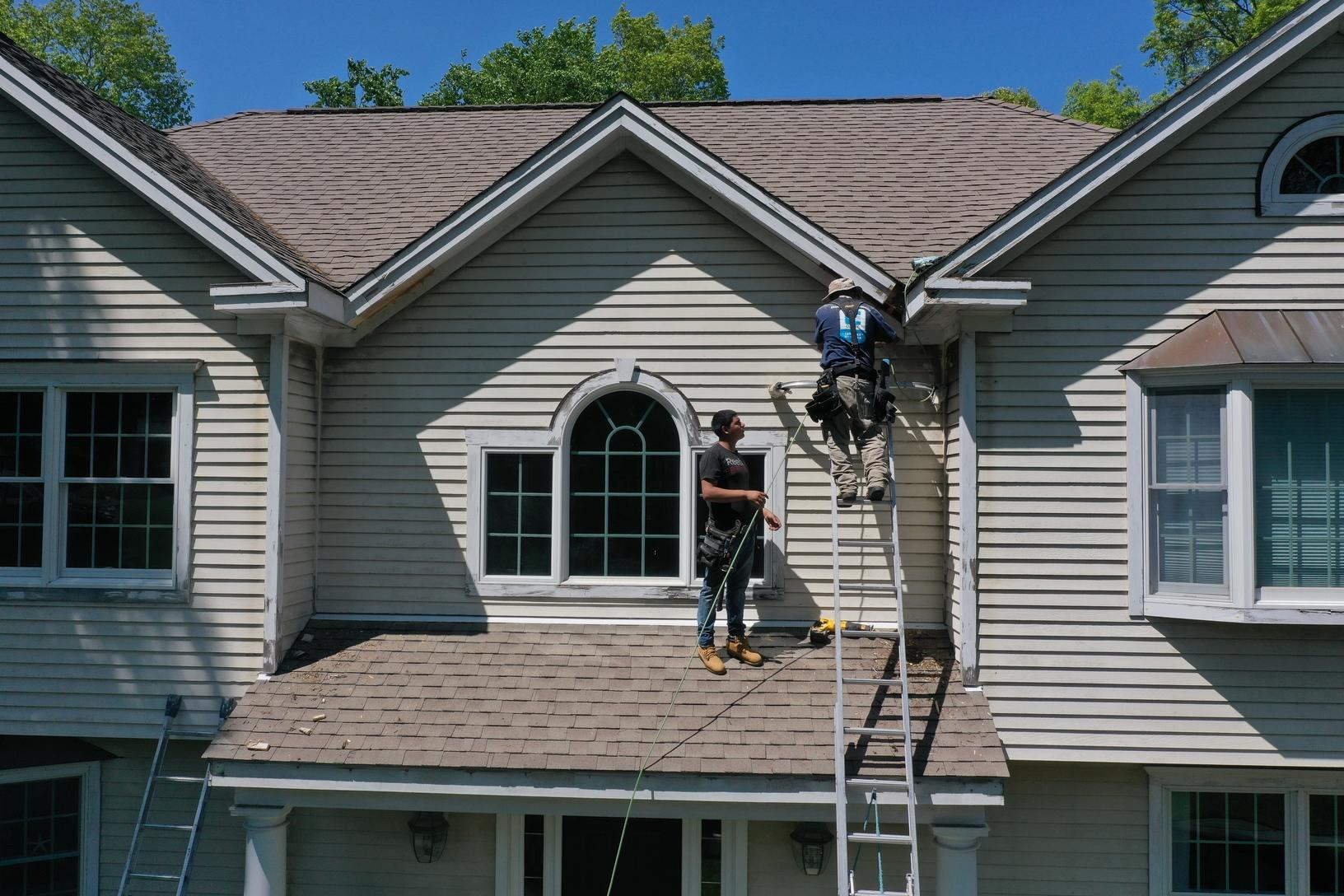 Replacing Rotted Fascia & Installing