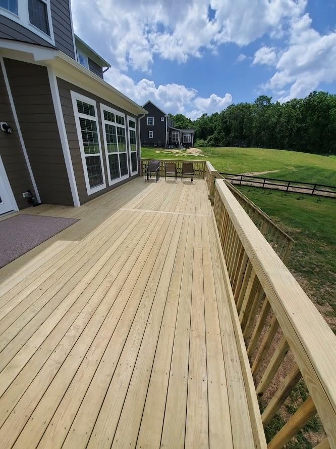 Decks and Porches - Wood Deck Installation Experts in Virgina - Wood Deck in Round Hill