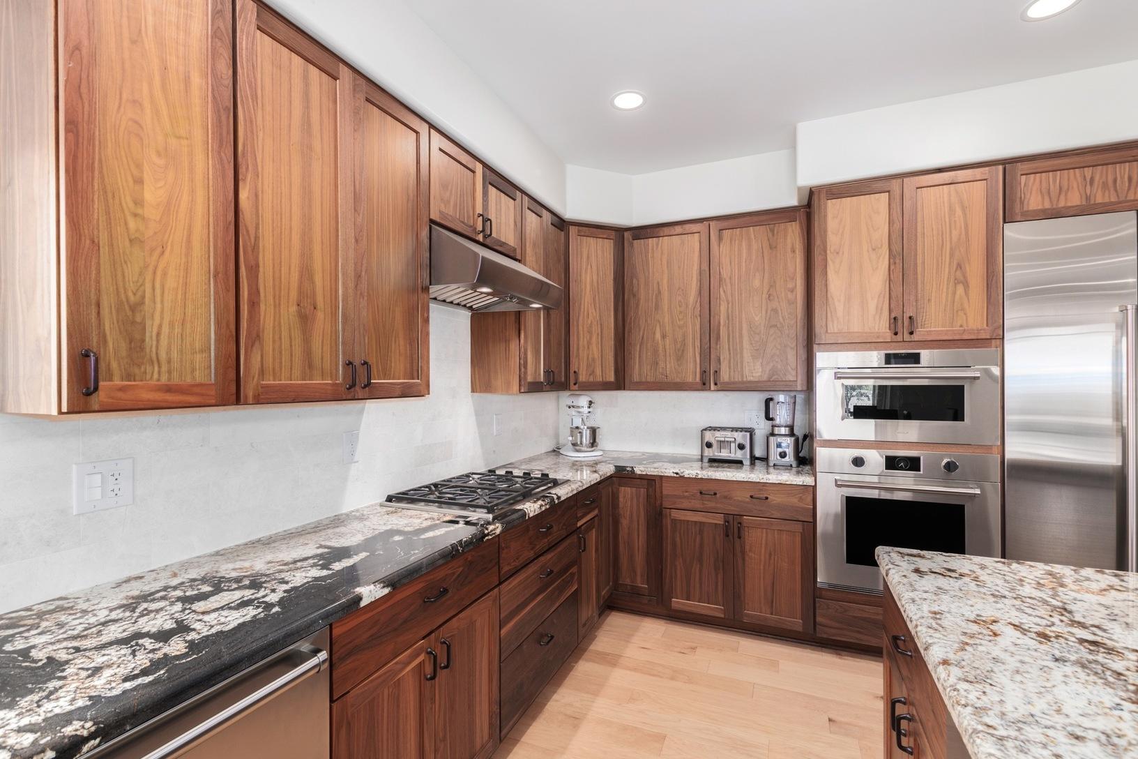 Kitchen Cabinets in North Phoenix