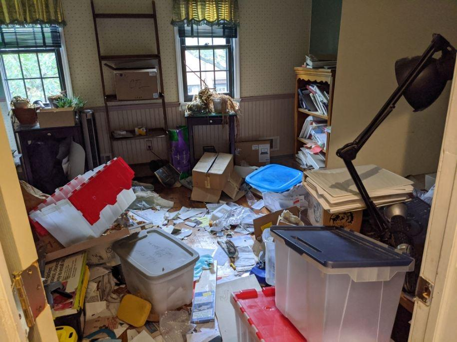 Red Bank Nj Condo Cleanout 2nd Bedroom Before