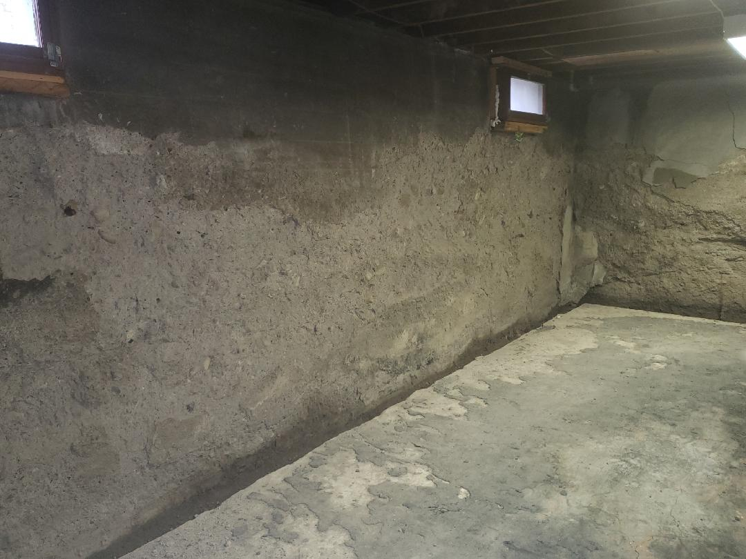 Wall with failing foundation