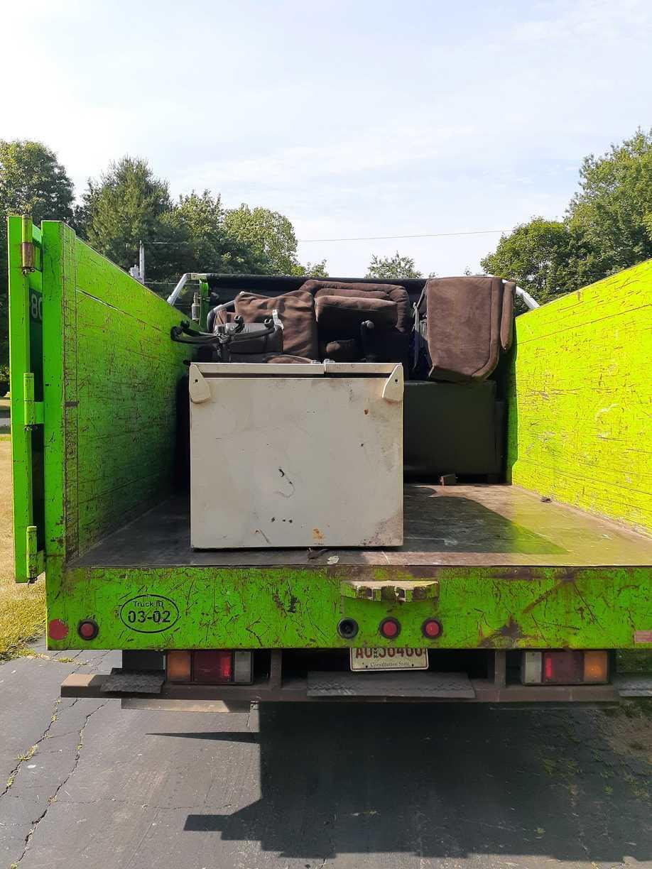 Fridge and Furniture Removal in Northford, CT