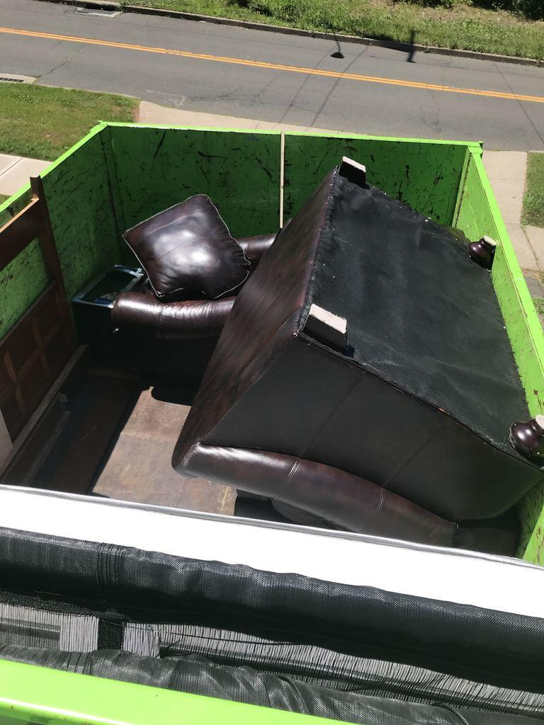 Furniture Removal in Middletown, CT