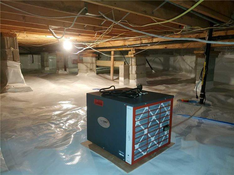 Waterproofed and insulated crawl space