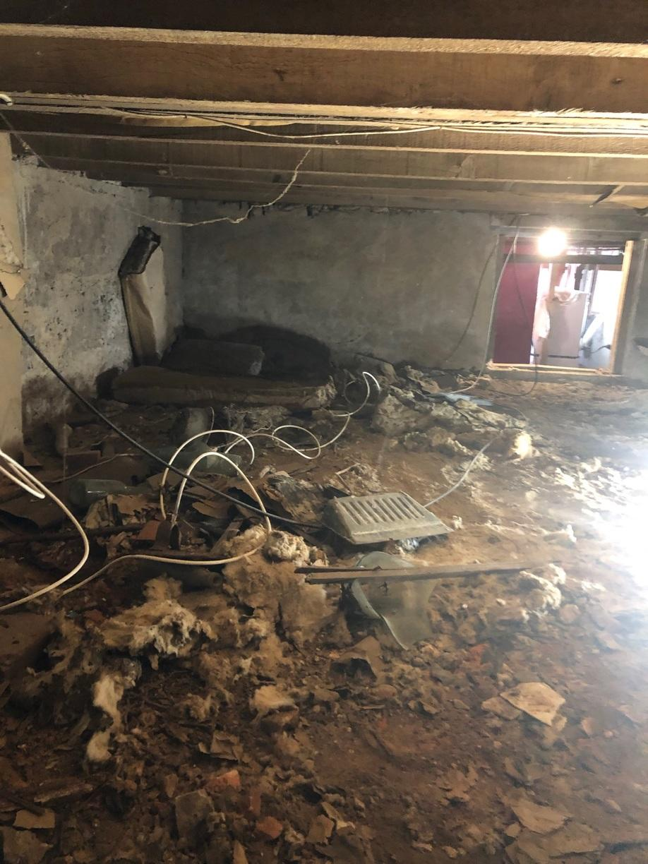 Before of Crawl Space