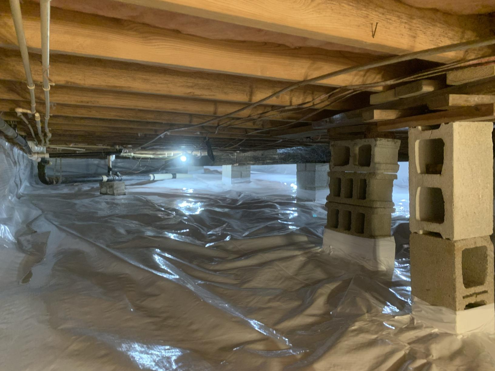 Crawlspace center joist after CleanSpace.