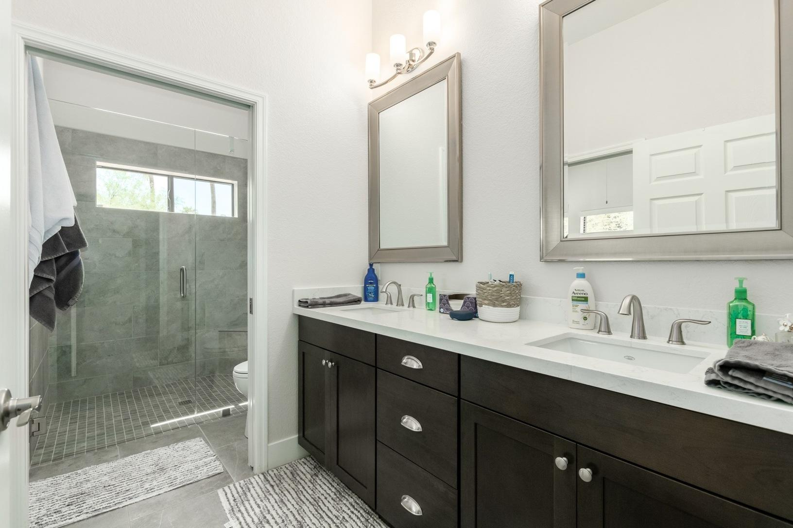 Master Bathroom in Scottsdale Casita