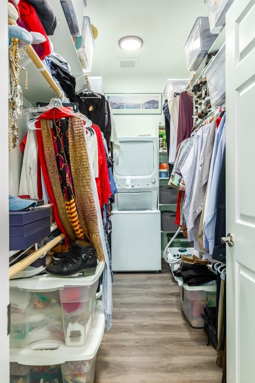 Walk in Closet in Scottsdale Casita