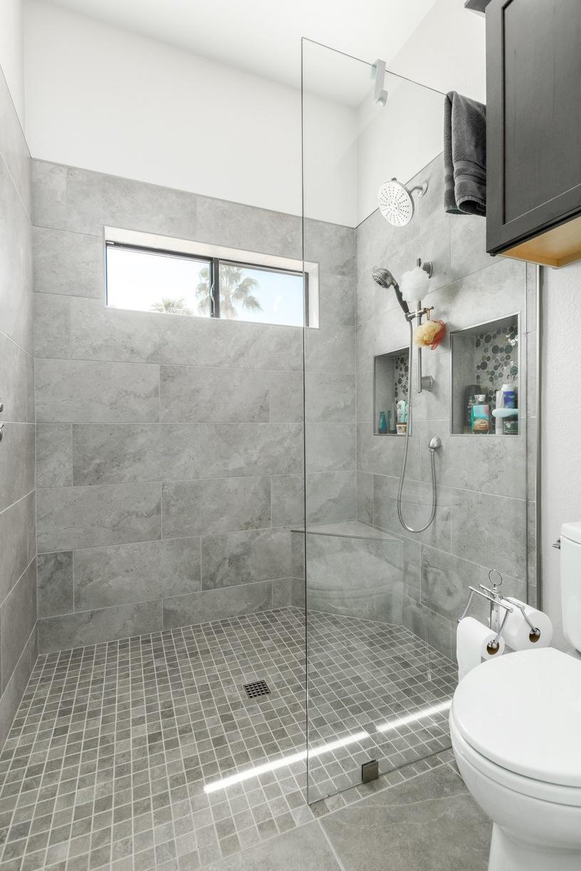 Shower in Scottsdale Casita