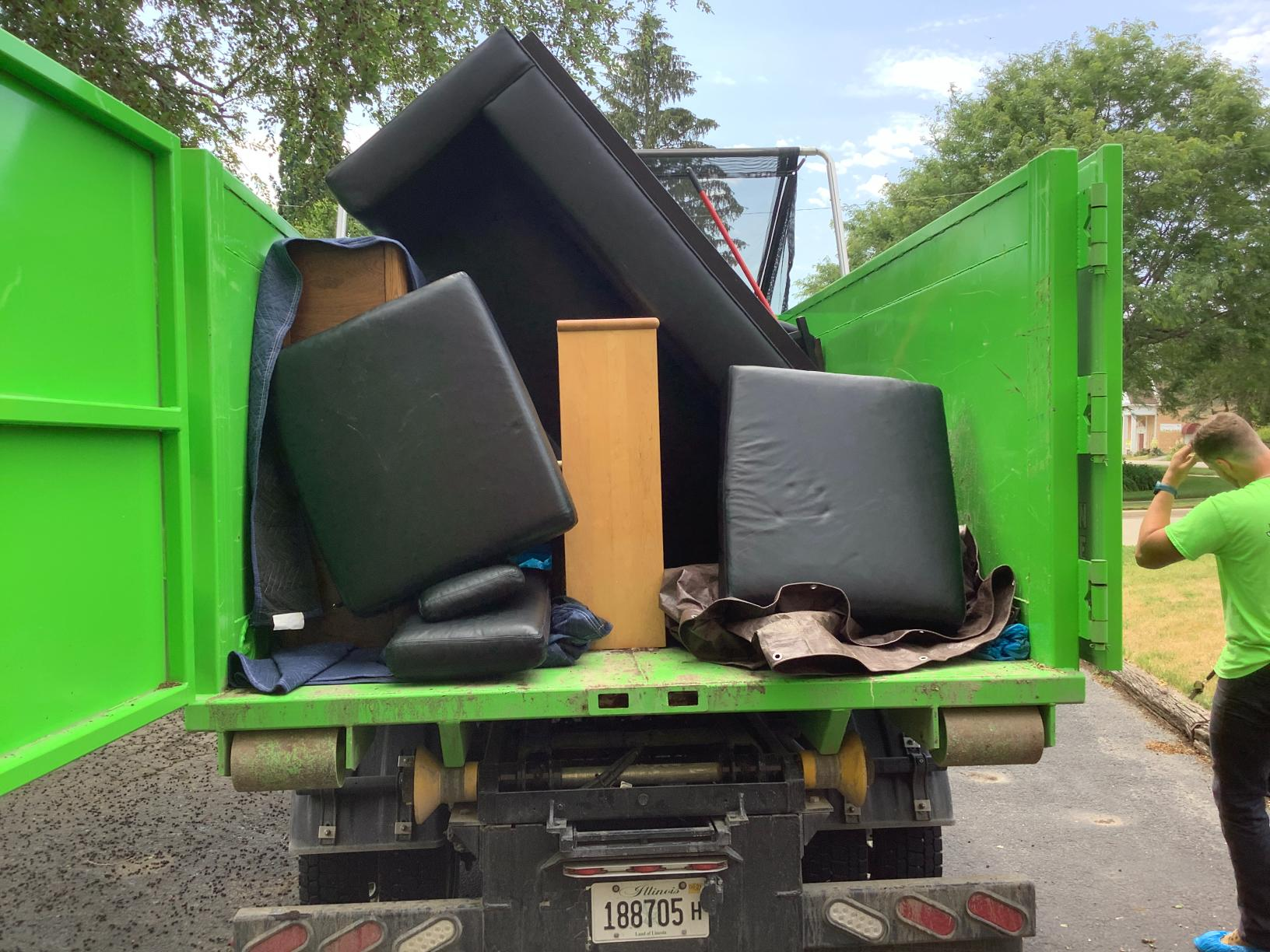 We help you get rid of the stuff you don't need, in an eco-friendly way!