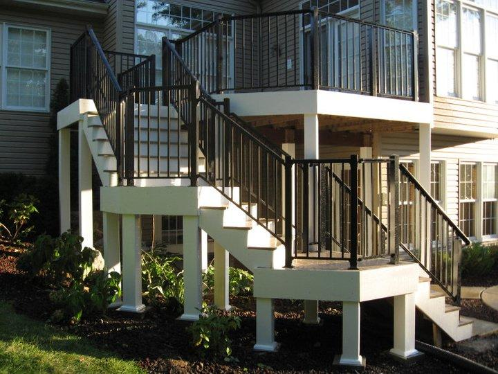 Rounded Deck Staircase Construction