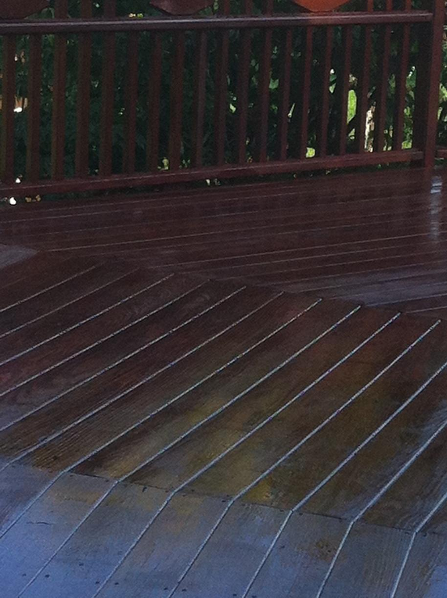 Deck in Oxford, CT