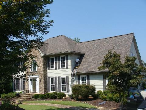 Roof replacement in Suwanee, GA