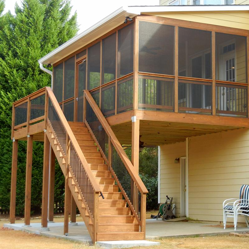 Screened in Deck with Stairs