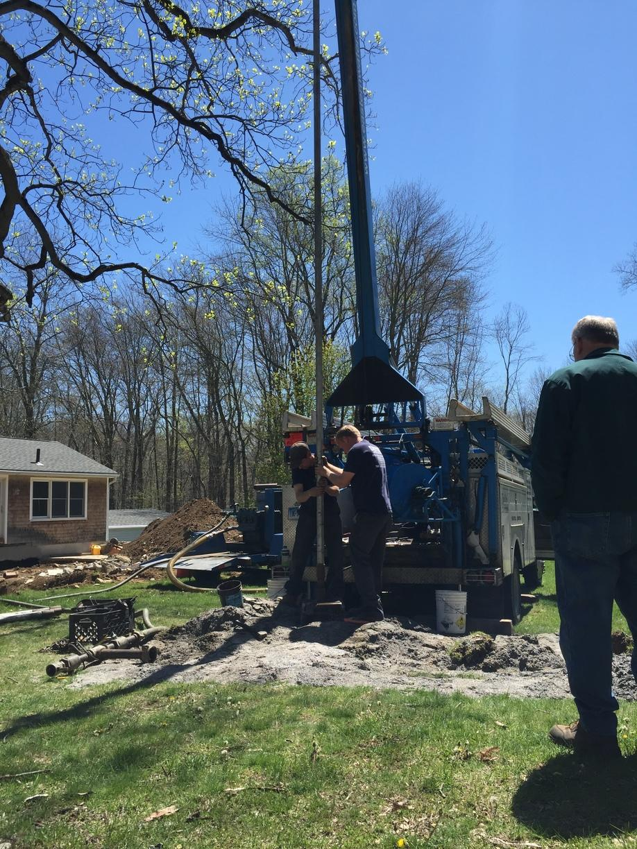 Work Prep for Hydro-Fracturing a Well in Easton