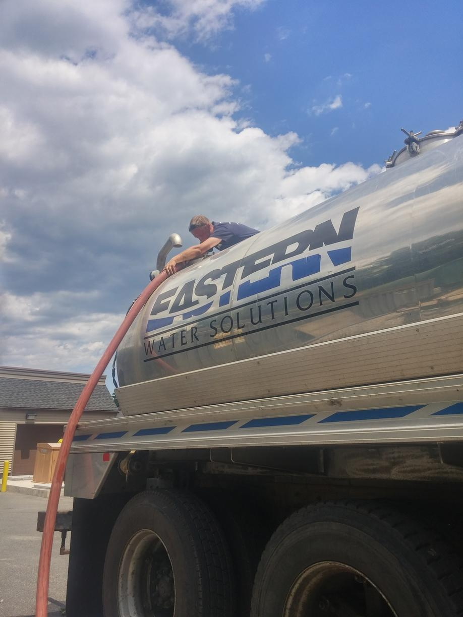 Water Truck Refill for Hydro-Fracturing