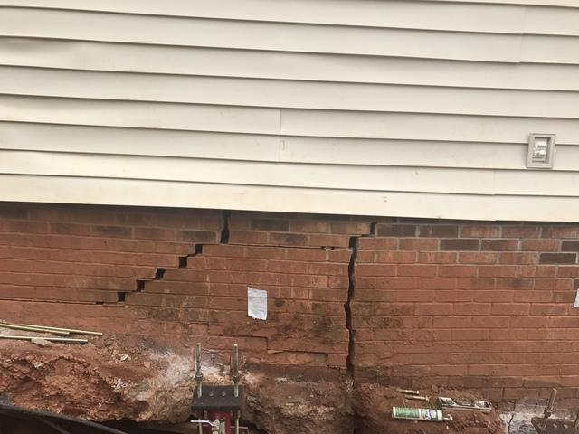 Foundation Crack Needs Repair with Push Piers