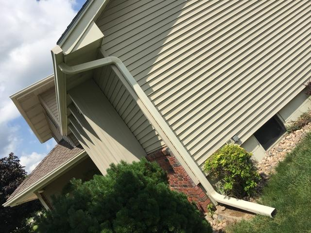 Seamless Gutter Installation Company In Council Bluffs