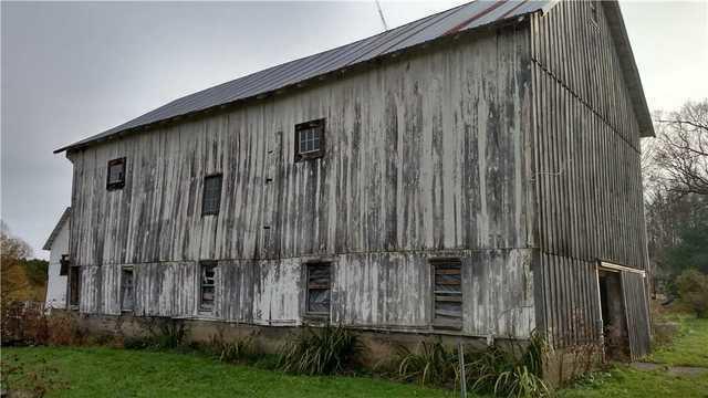 Woodford Bros., Inc. - Barn & Timber Frame Repairs Photo ...