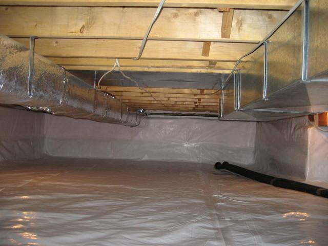 Crawl space encapsulation in Barrie, Ontario