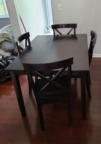 Woodridge Il Last Minute Moving Day, Where Can I Donate A Dining Room Table