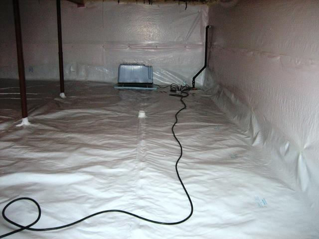 Crawl space encapsulation in Brampton, ON