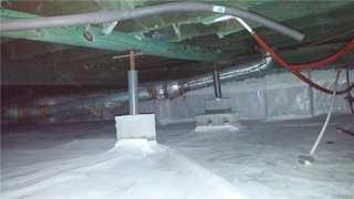 This faulty encapsulation did not stop moisture issues from occurring, which resulted in mold growth and rotting wood.