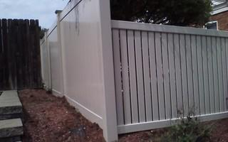 Here is a close up of what clay colored vinyl fencing looks like.