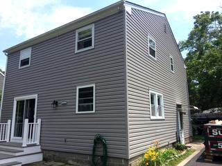 The new siding looks great! The homeowner is happy with the result