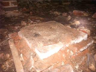 The original piers under the church had begun to fall apart, leaving the floors above with no support.