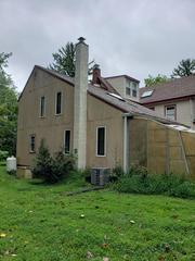 These homeowners were looking for a low-maintenance, attractive siding replacement.