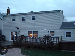 Aluminum siding has quickly become an outdated siding material, especially with tons of other materials coming out with much better performance.
