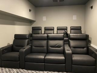 Stadium seating for 8