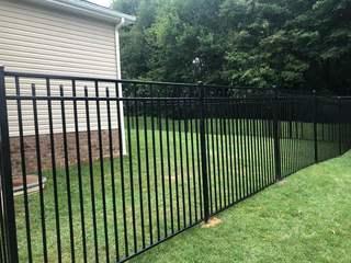 4' Black Wilmington, 3 Rail, Commerical Grade, Flush Bottom Aluminum Fence