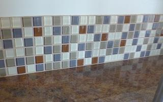 Just a few rows a tile added extra pizzazz to the kitchenette in this Casita.
