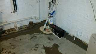 This TripleSafe Sump Pump controls the water flow, which stops the water damage and leakage problems.