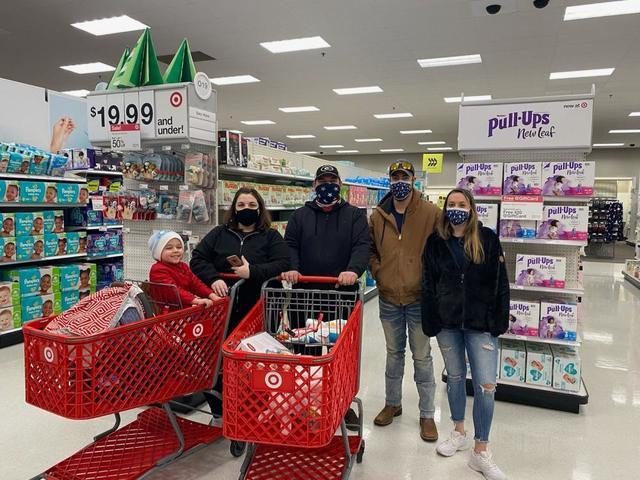 Master Services held their 'One Community Shopping Trip' on Saturday, December 19th. The company spo...