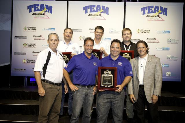 Dr. Energy Saver Connecticut Receives Award at 2012 Basement Systems Dealer Convention - Image 1
